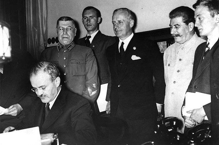 MÝTUS OSLOBODENIA: Sovietizácia strednej a juhovýchodnej Európy (časť 1.)